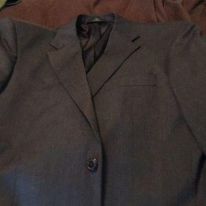 Haggar men's size 44 long suit! Brand new